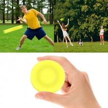 Mini frisbee puck